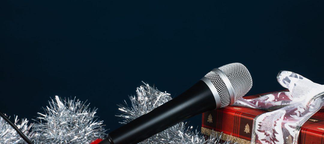 microphone for christmas carols