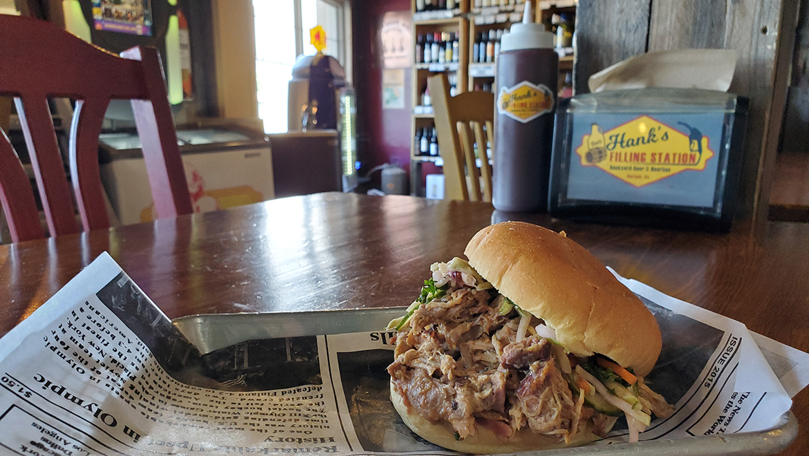 Hank's Carolina BBQ – a pile of heaven