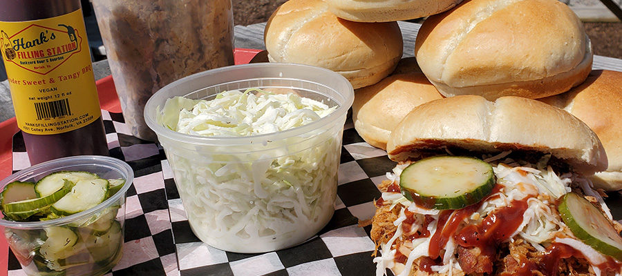 A chill Monday with Hank's BBQ Family Pack